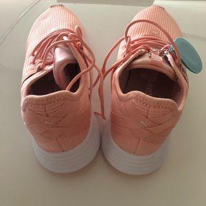 Puma ladies sport shoe